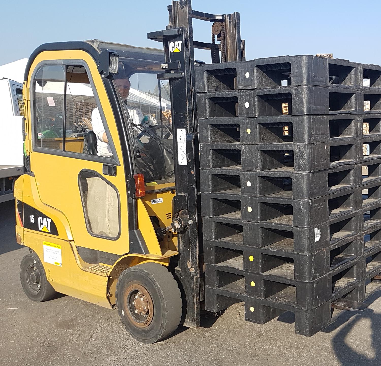 8d5ab6f4acc7f9c5b3cb4e12fc0782bb_car-6-600-600-c